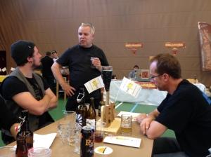 """3 erstklassige Bierprominenten aus der Schweiz auf einmal in der Kategorien """"beste Brauerei"""", """"beste Bierbar"""" und """"bester Bierjäger"""""""