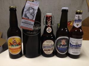 Un échantillon de bières fribourgeoises (enfin ... pas toutes)